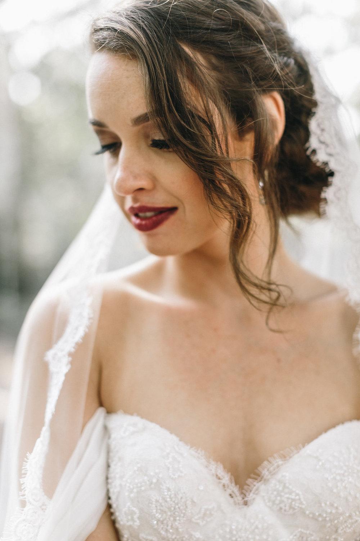 savannah-bridal-shop-i-and-b-couple-tim-and-amy-boho-marshland-wedding-in-savannah-mackensey-alexander-photography-21.jpg