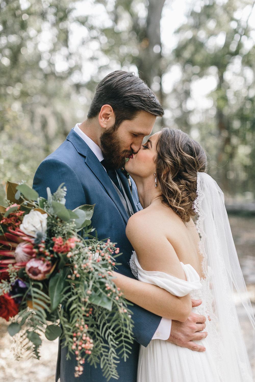 savannah-bridal-shop-i-and-b-couple-tim-and-amy-boho-marshland-wedding-in-savannah-mackensey-alexander-photography-27.jpg