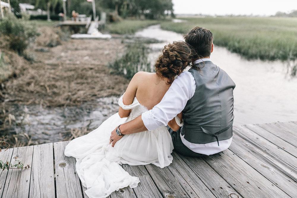 savannah-bridal-shop-i-and-b-couple-tim-and-amy-boho-marshland-wedding-in-savannah-mackensey-alexander-photography-28.jpg