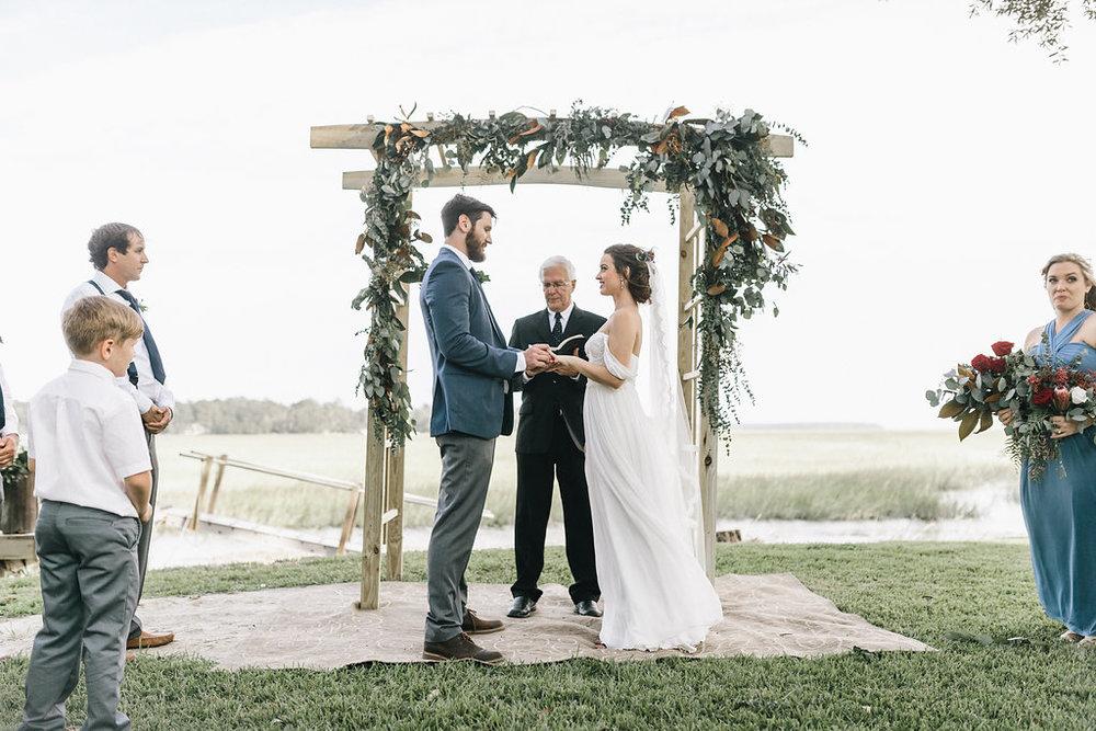 savannah-bridal-shop-i-and-b-couple-tim-and-amy-boho-marshland-wedding-in-savannah-mackensey-alexander-photography-35.jpg