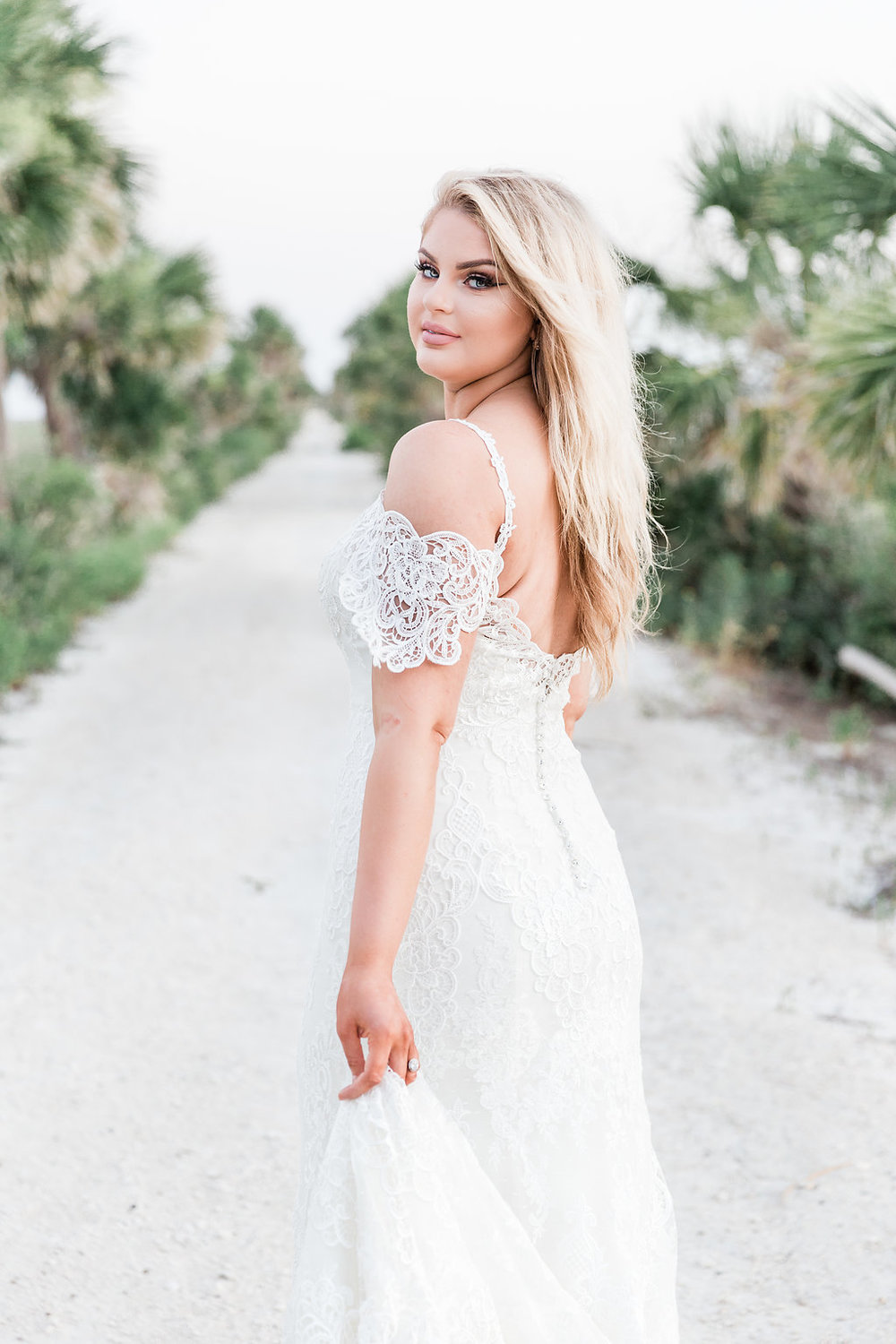 savannah-bridal-shop-beachy-bridal-glam-beach-wedding-looks-and-inspiration-southern-lens-photography-maggie-sottero-4.jpg