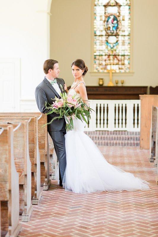 savannah-bridal-shop-coastal-wedding-inspiration-and-design-with-rachel-strickland-photography-savannah-wedding-dresses-savannah-bridal-boutique-2.jpg