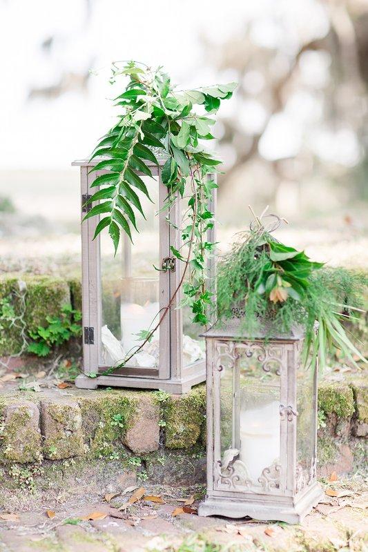 savannah-bridal-shop-coastal-wedding-inspiration-and-design-with-rachel-strickland-photography-savannah-wedding-dresses-savannah-bridal-boutique-3.jpg