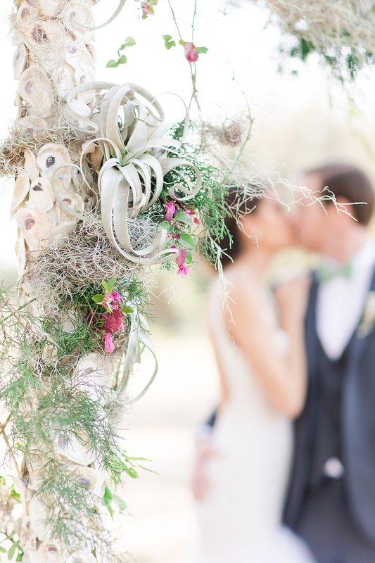savannah-bridal-shop-coastal-wedding-inspiration-and-design-with-rachel-strickland-photography-savannah-wedding-dresses-savannah-bridal-boutique-5.jpg