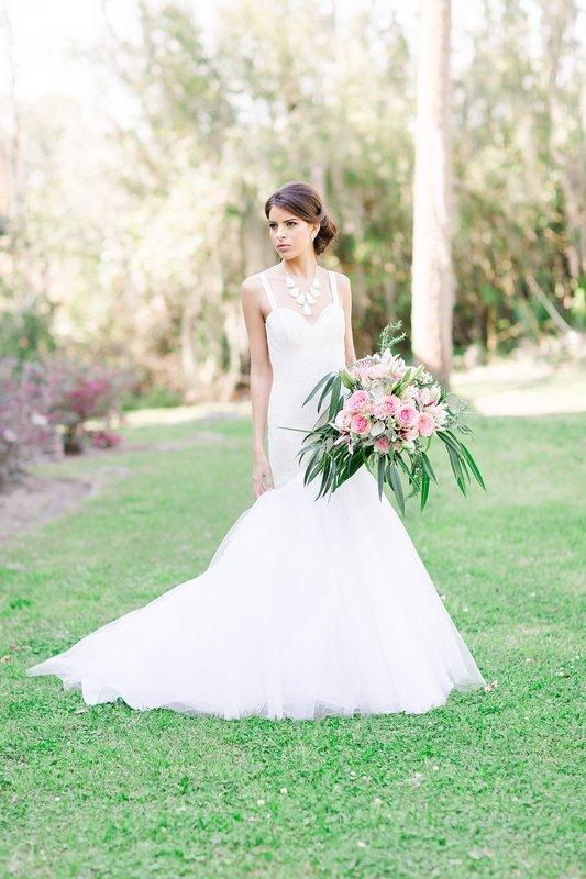 savannah-bridal-shop-coastal-wedding-inspiration-and-design-with-rachel-strickland-photography-savannah-wedding-dresses-savannah-bridal-boutique-14.jpg
