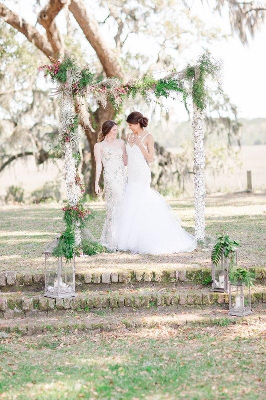 savannah-bridal-shop-coastal-wedding-inspiration-and-design-with-rachel-strickland-photography-savannah-wedding-dresses-savannah-bridal-boutique-17.jpg