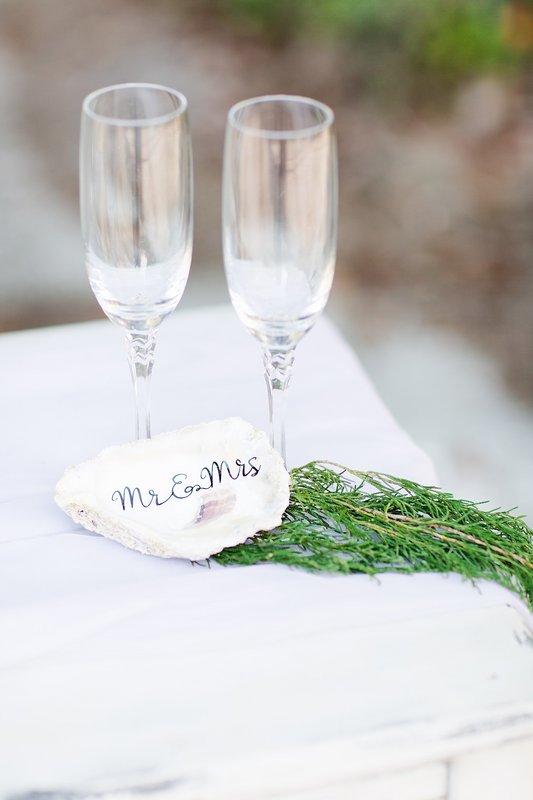 savannah-bridal-shop-coastal-wedding-inspiration-and-design-with-rachel-strickland-photography-savannah-wedding-dresses-savannah-bridal-boutique-22.jpg