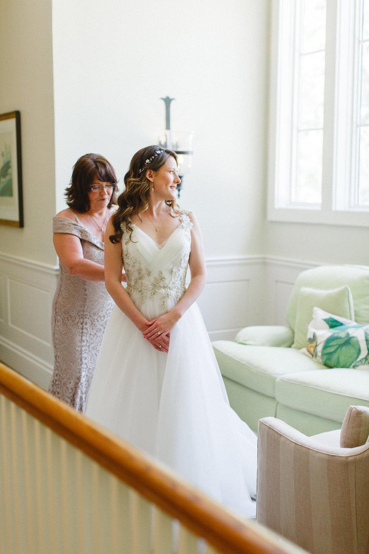 savannah-bridal-shop-i-and-b-florals-courtney-and-chris-savannah-florist-dataw-island-club-wedding-julia-fay-photography-2.jpg