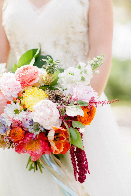 savannah-bridal-shop-i-and-b-florals-courtney-and-chris-savannah-florist-dataw-island-club-wedding-julia-fay-photography-12.jpg