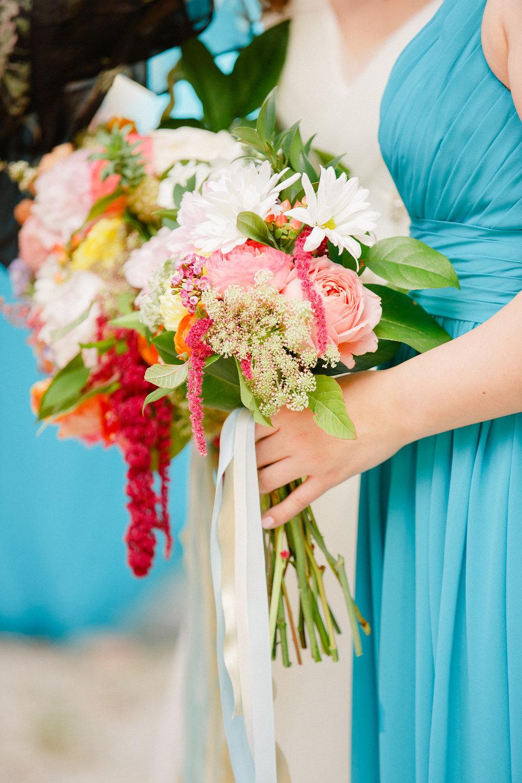 savannah-bridal-shop-i-and-b-florals-courtney-and-chris-savannah-florist-dataw-island-club-wedding-julia-fay-photography-14.jpg