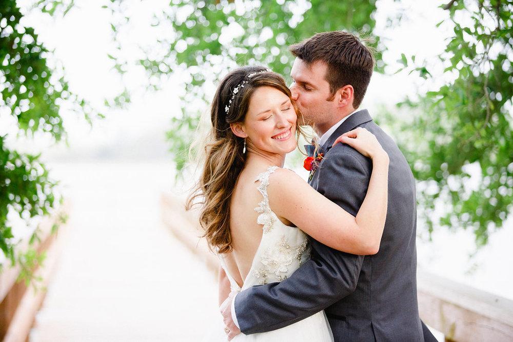 savannah-bridal-shop-i-and-b-florals-courtney-and-chris-savannah-florist-dataw-island-club-wedding-julia-fay-photography-17.jpg