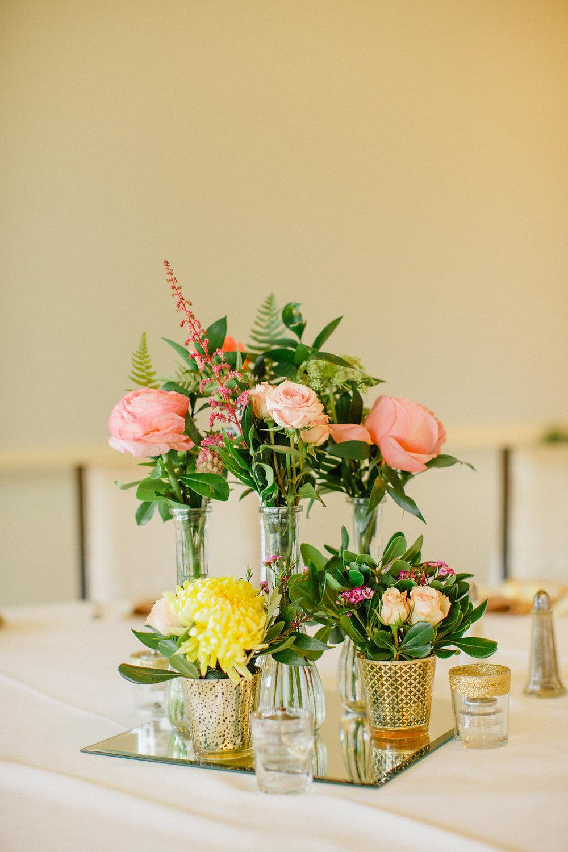 savannah-bridal-shop-i-and-b-florals-courtney-and-chris-savannah-florist-dataw-island-club-wedding-julia-fay-photography-21.jpg
