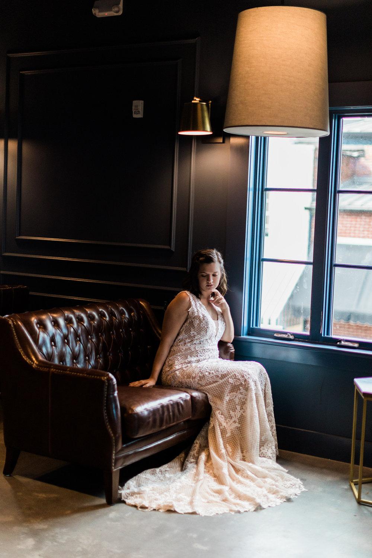 savannah-bridal-shop-cool-places-to-take-your-wedding-pictures-in-savannah-ga-finnegan-photography-2.jpg