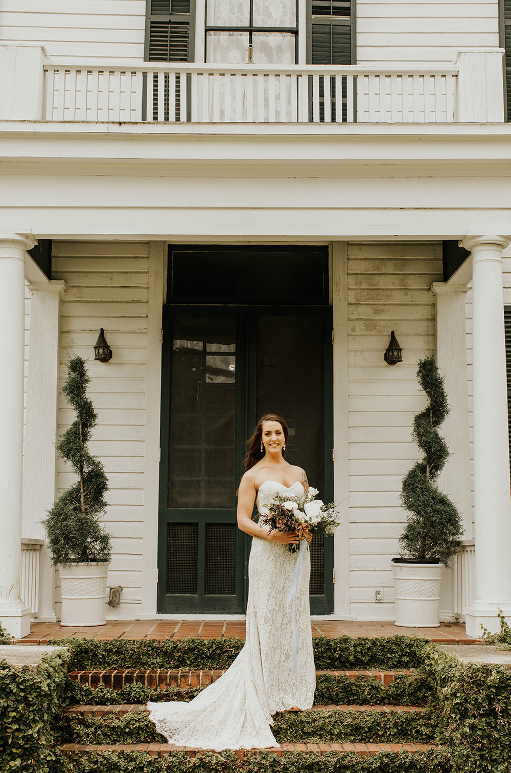 savannah-bridal-shop-i-and-b-bride-april-ti-adora-ella-belle-jacksonville-bride-lyndsey-anne-photography-savannah-bridal-boutique-savannah-wedding-gowns-10.jpg