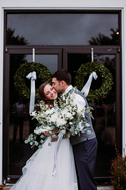 savannah-bridal-shop-i-and-b-bride-cameron-halo-by-blush-by-hayley-paige-sarah-diller-photography-cohens-retreat-wedding-savannah-wedding-gowns-savannah-wedding-dresses-1.jpg