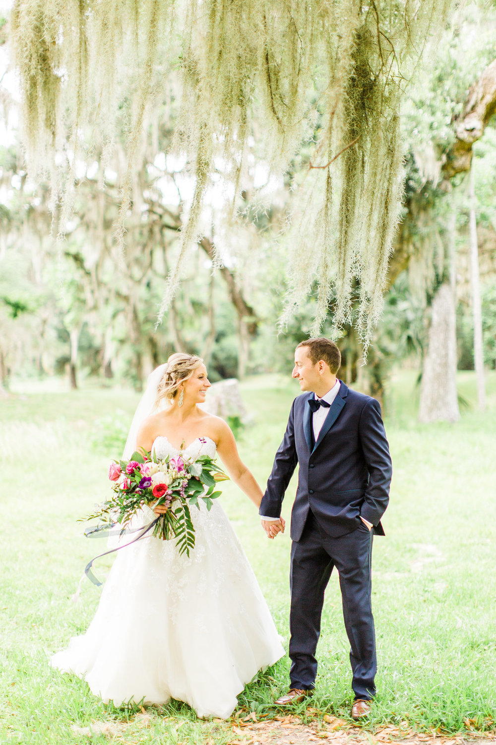 savannah-bridal-shop-i-and-b-couple-gretchen-and-alex-fun-and-unique-tropical-wedding-at-captains-bluff-st-simons-island-wedding-marianne-lucille-photography-12.jpg