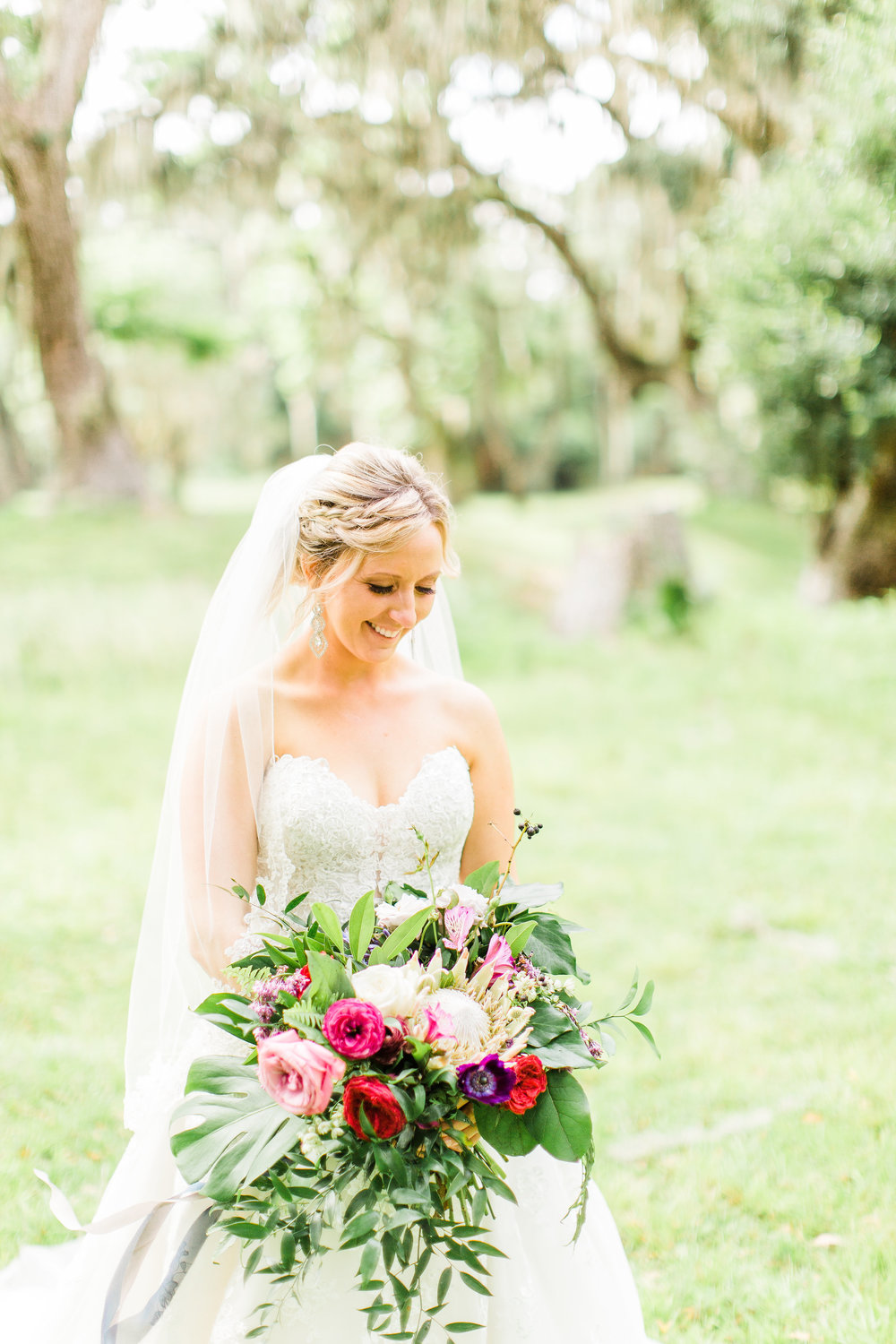 savannah-bridal-shop-i-and-b-couple-gretchen-and-alex-fun-and-unique-tropical-wedding-at-captains-bluff-st-simons-island-wedding-marianne-lucille-photography-14.jpg
