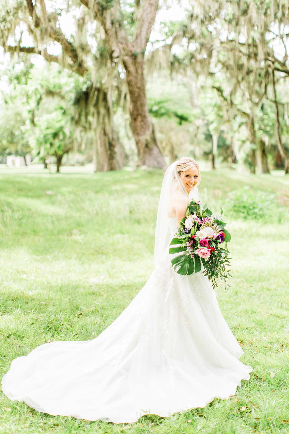 savannah-bridal-shop-i-and-b-couple-gretchen-and-alex-fun-and-unique-tropical-wedding-at-captains-bluff-st-simons-island-wedding-marianne-lucille-photography-17.jpg