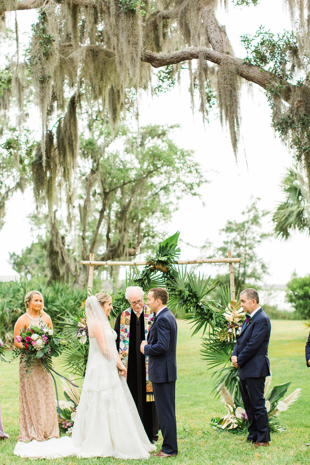 savannah-bridal-shop-i-and-b-couple-gretchen-and-alex-fun-and-unique-tropical-wedding-at-captains-bluff-st-simons-island-wedding-marianne-lucille-photography-23.jpg