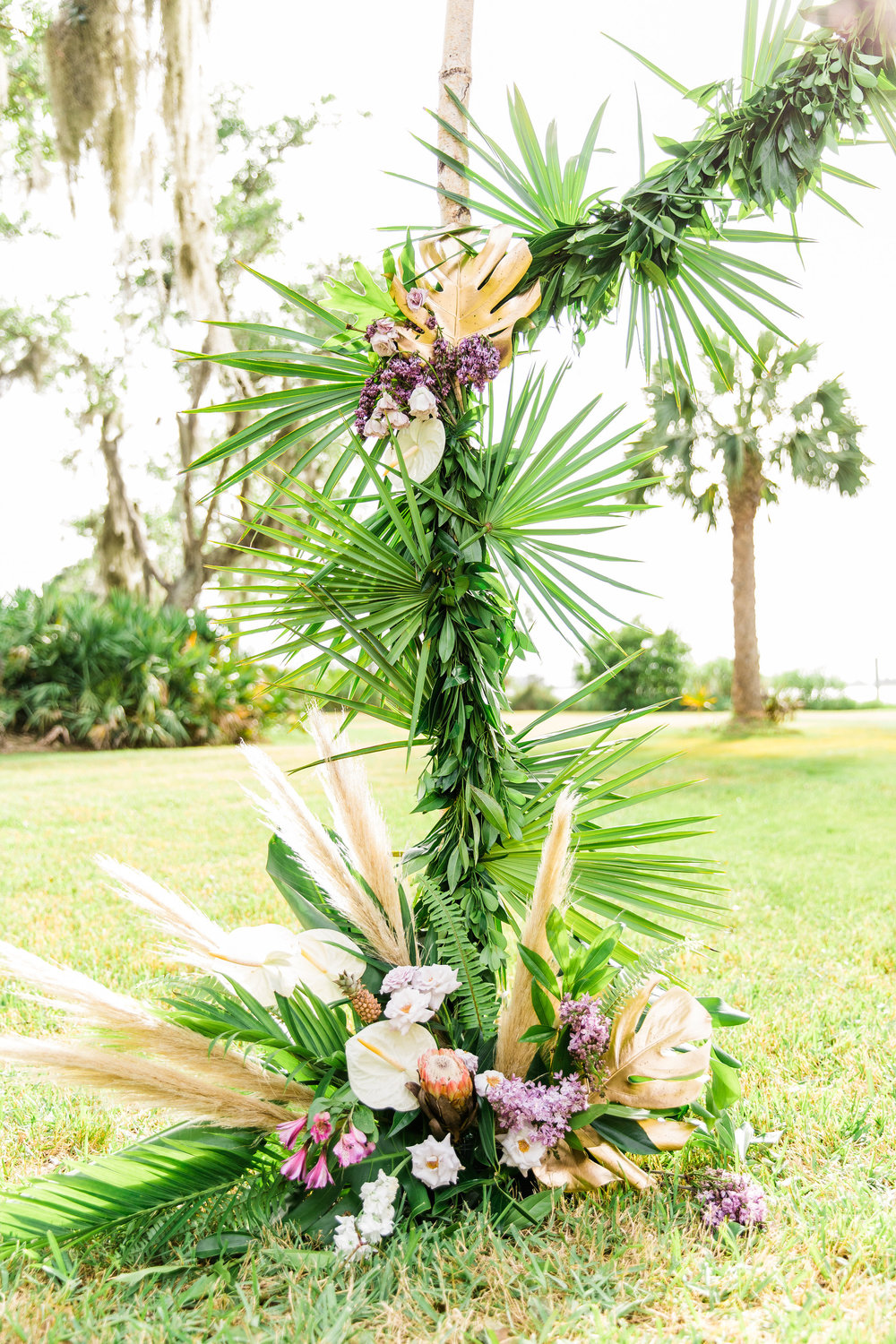 savannah-bridal-shop-i-and-b-couple-gretchen-and-alex-fun-and-unique-tropical-wedding-at-captains-bluff-st-simons-island-wedding-marianne-lucille-photography-27.jpg