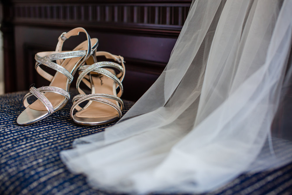 savannah-bridal-shop-ivory-and-beau-bride-lauren-by-rebecca-ingram-rich-burkhart-photography-downtown-savannah-wedding-savannah-wedding-gown-savannah-wedding-dress-2.jpg
