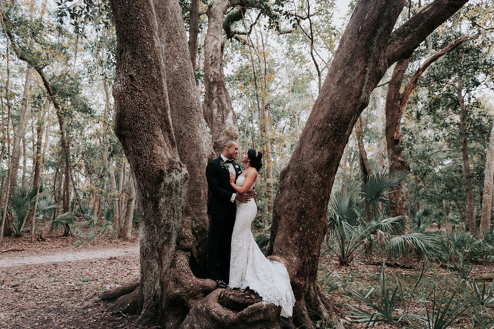 ivory-and-beau-savannah-bridal-shop-ivory-and-beau-couple-caitlin-and-tim-wormsloe-wedding-savannah-wedding-florist-house-of-ivory-photography-23.jpg