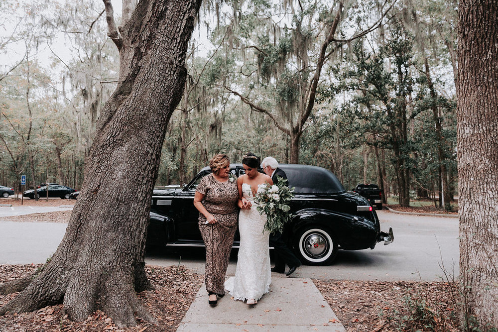 ivory-and-beau-savannah-bridal-shop-ivory-and-beau-couple-caitlin-and-tim-wormsloe-wedding-savannah-wedding-florist-house-of-ivory-photography-31.jpg