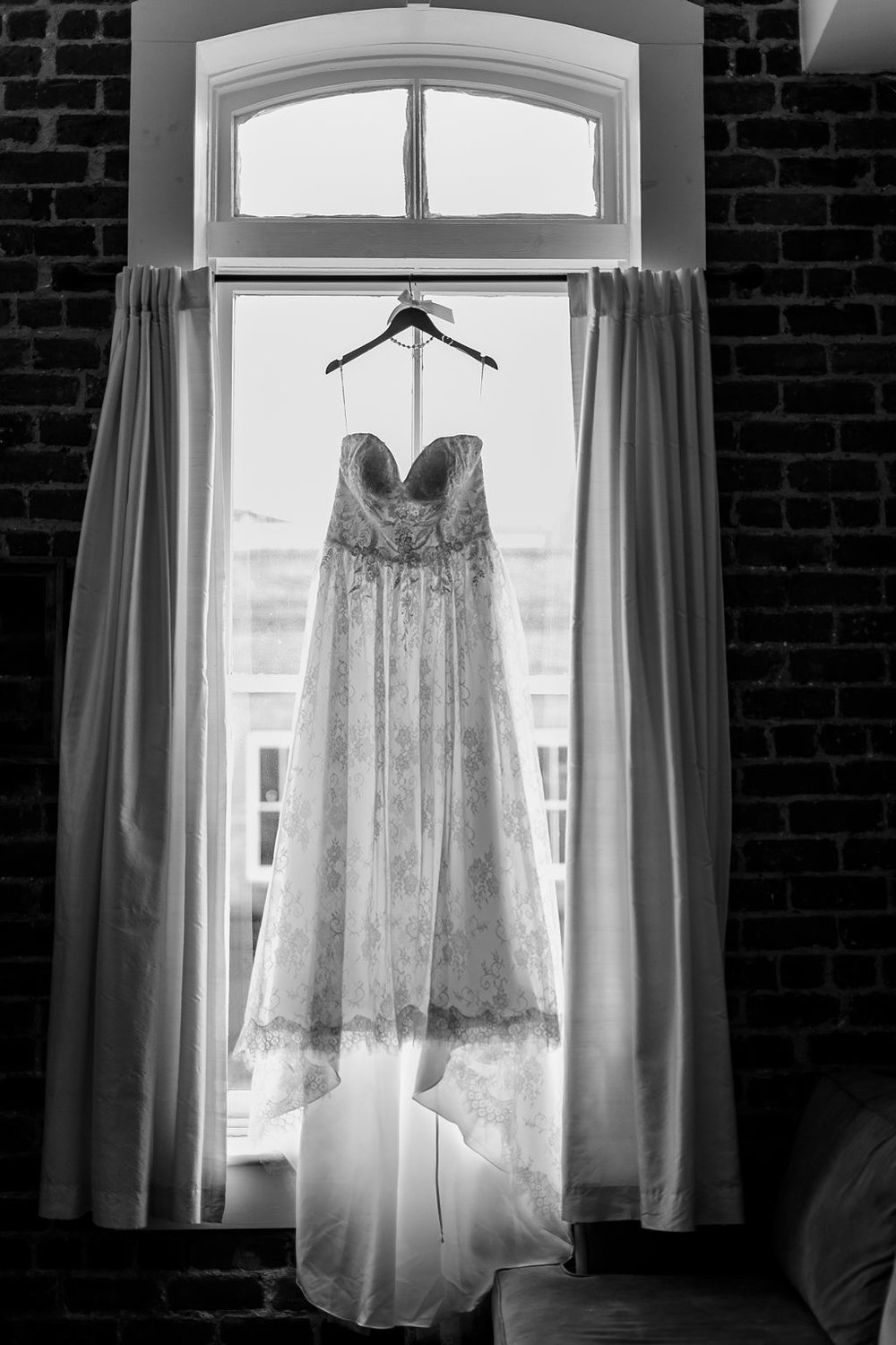 ivory_and_beau-bridal_shop_ivory_and_beau_couple_ryan_and_lauren_Bronston_photography_ships_of_the_sea_maritime_museum_Savannah_wedding_coordinator_savannah_wedding_planner_1.jpg