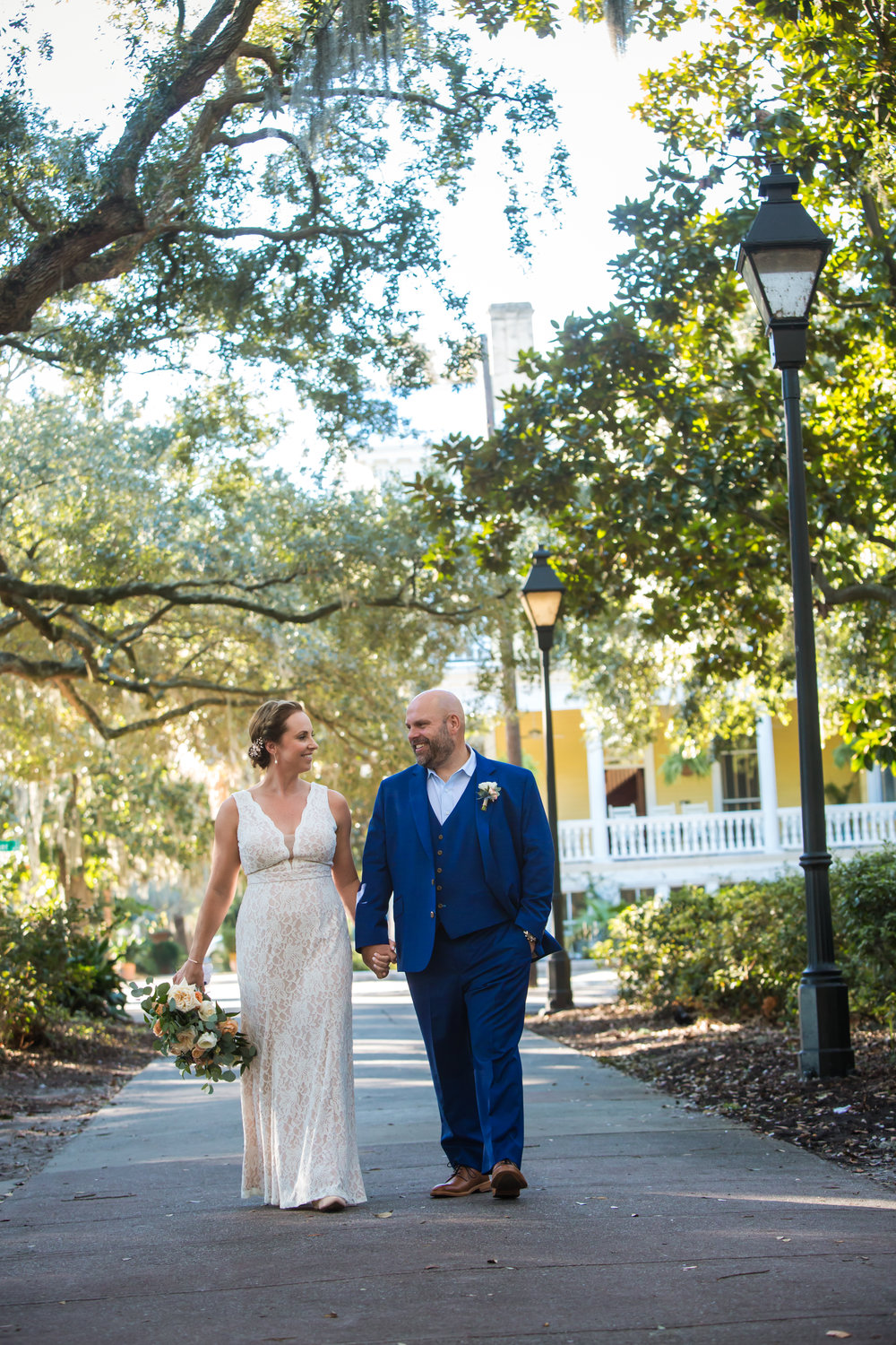 ivory_and_beau_savannah_bridal_shop_ivory_and_beau_florals_lindsey_and_collin_harper_fowlkes_house_the_mansion_on_fosyth_rich_burkhart_photography_savannah_florist_8.jpg
