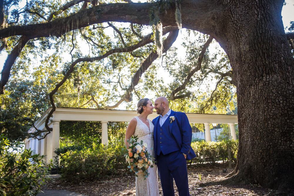 ivory_and_beau_savannah_bridal_shop_ivory_and_beau_florals_lindsey_and_collin_harper_fowlkes_house_the_mansion_on_fosyth_rich_burkhart_photography_savannah_florist_10.jpg