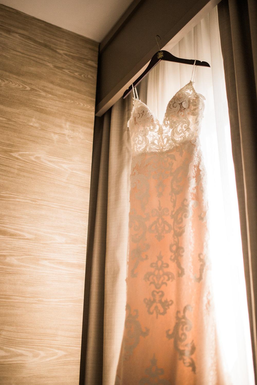 ivory_and_beau_savannah_bridal_shop_bridal_suite_ivory_and_beau_couple_allie_danny_wedding_savannah_bride_Savannah_wedding_savannah_brides_8.jpg