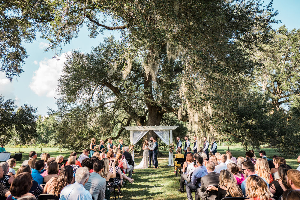 ivory_and_beau_savannah_bridal_shop_bridal_suite_ivory_and_beau_couple_allie_danny_wedding_savannah_bride_Savannah_wedding_savannah_brides_2.jpg