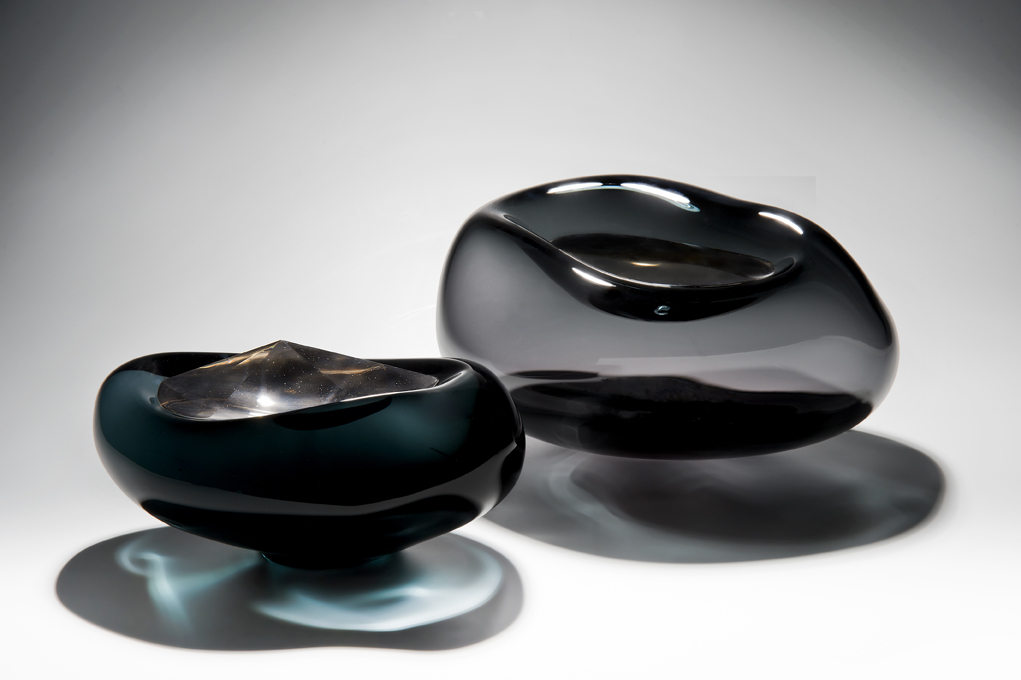 Alluvium - Blown and solid glass w. cast elements, polished and platinum lustred, Photo Ester Segarra