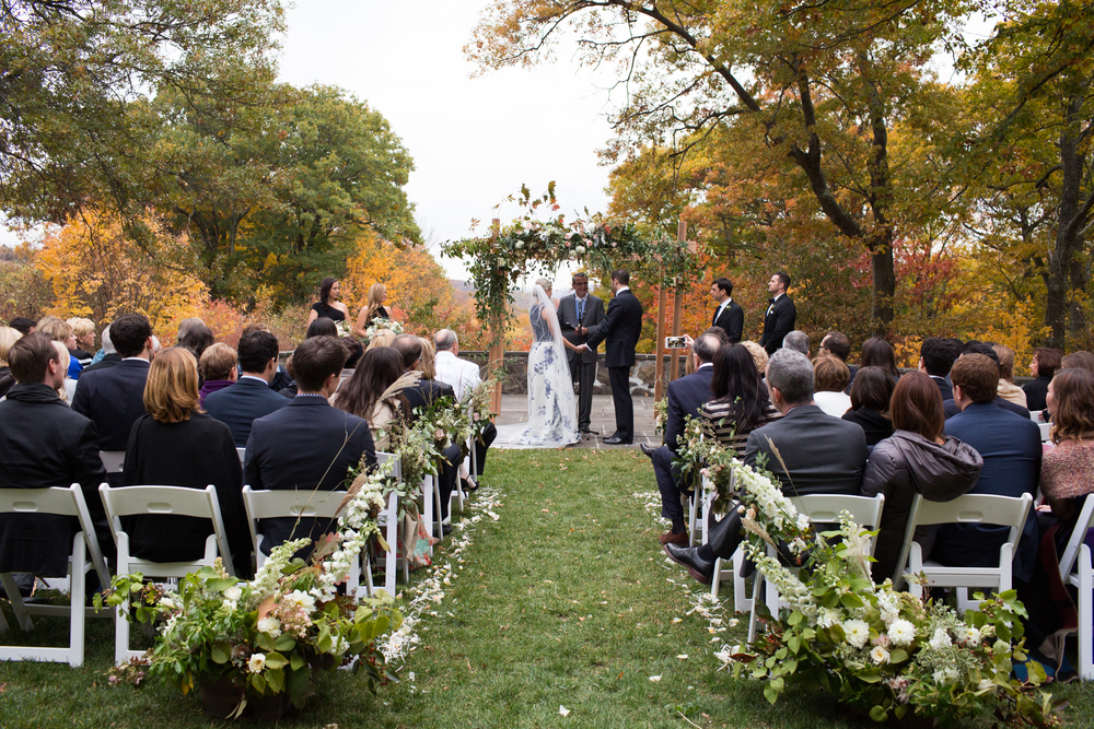 Glynwood Wedding. Photos by Meredith Heuer