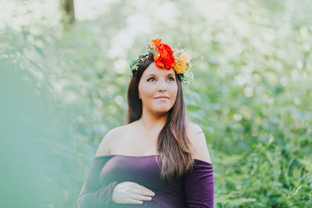 Maternity photo in flower crown