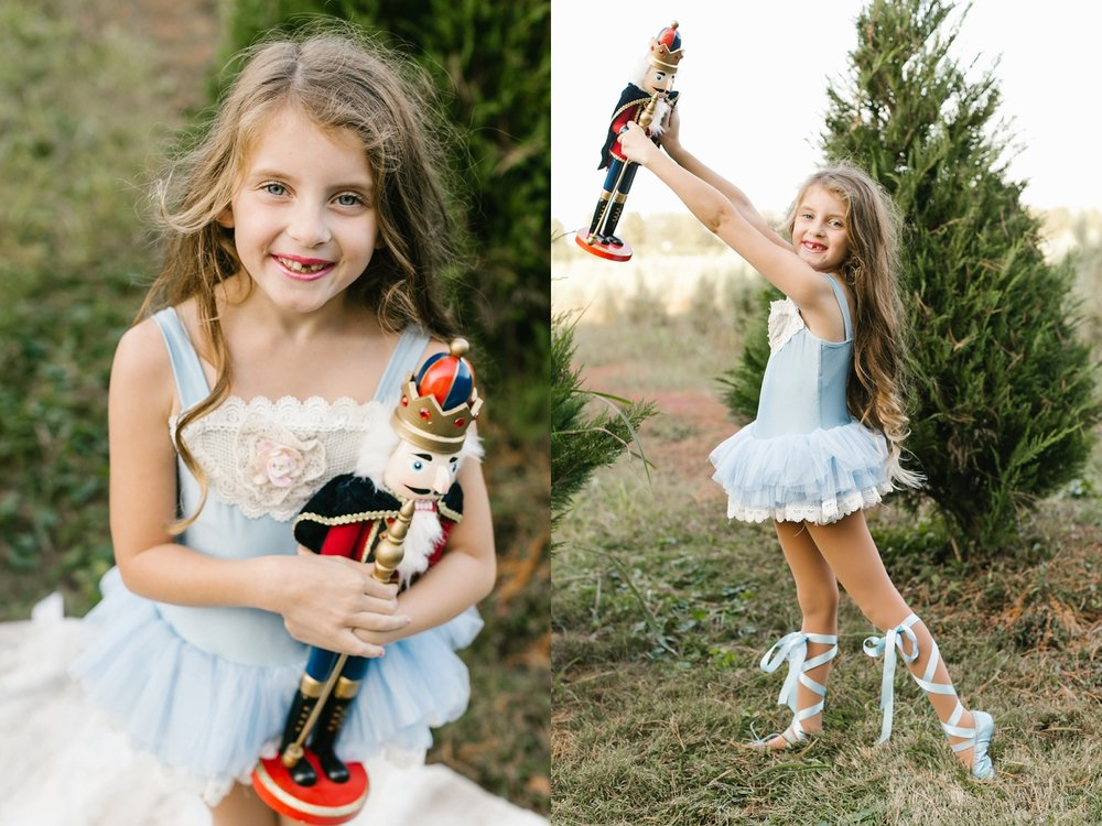 Nashville-Christmas-mini-session-family-photographer_0015.jpg