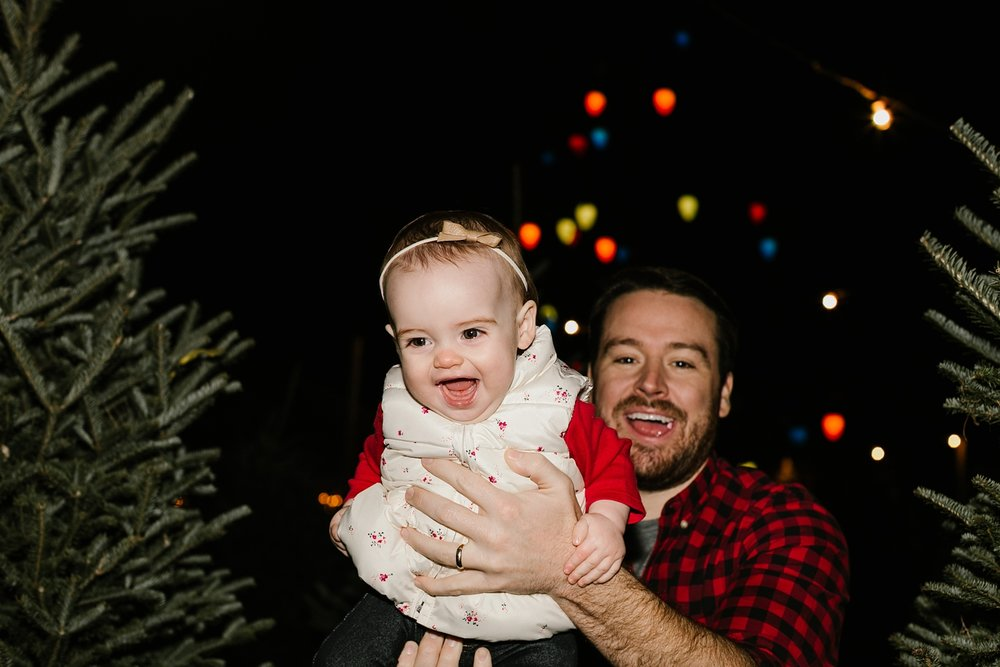 Nashville-Christmas-mini-session-family-photographer_0024.jpg