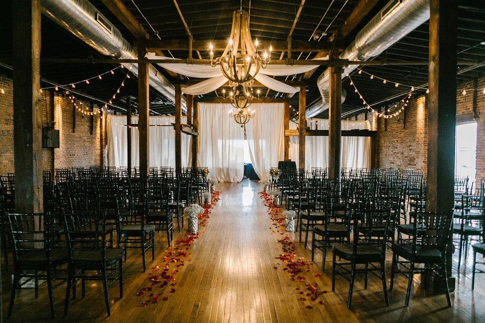 Nashville-Vibrant-Warehouse-Wedding_0014.jpg