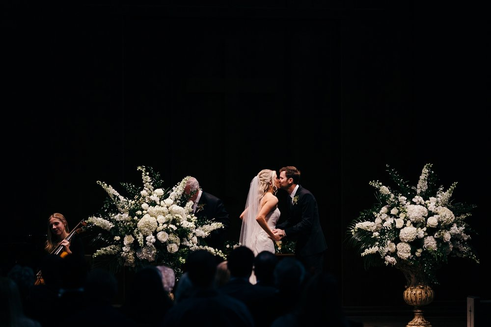 Nashville-Romantic-Winter-Wedding-22