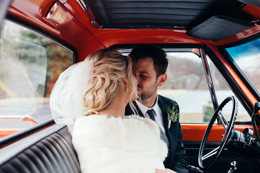 Nashville-Romantic-Winter-Wedding-33