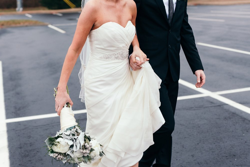 Nashville-Romantic-Winter-Wedding-46