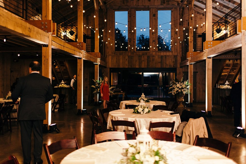 Nashville-Romantic-Winter-Wedding-47