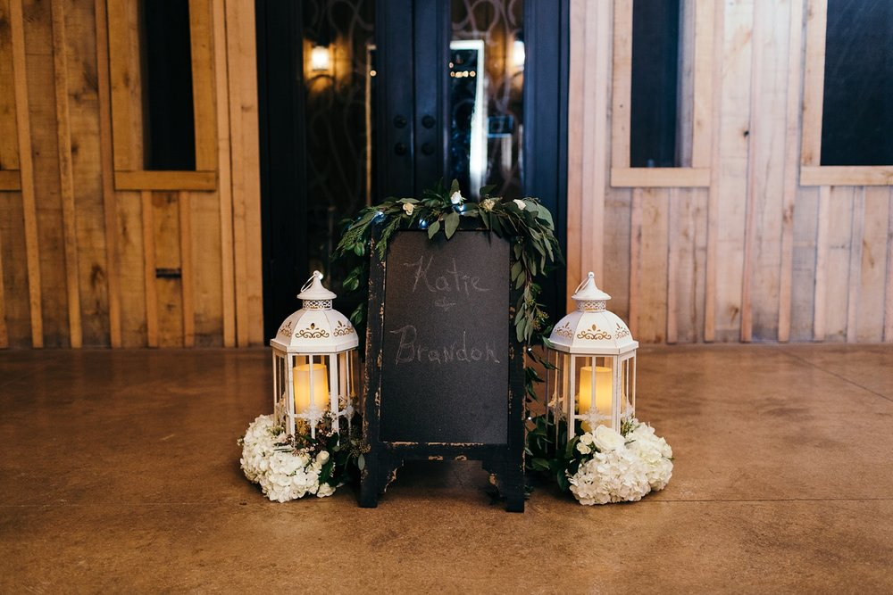 Nashville-Romantic-Winter-Wedding-51