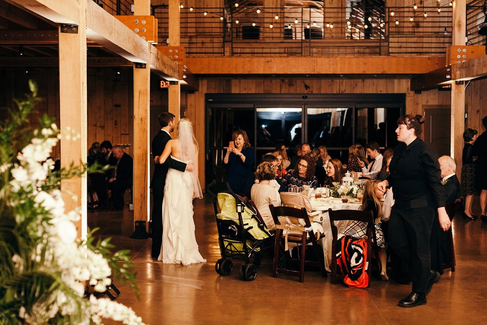 Nashville-Romantic-Winter-Wedding-65