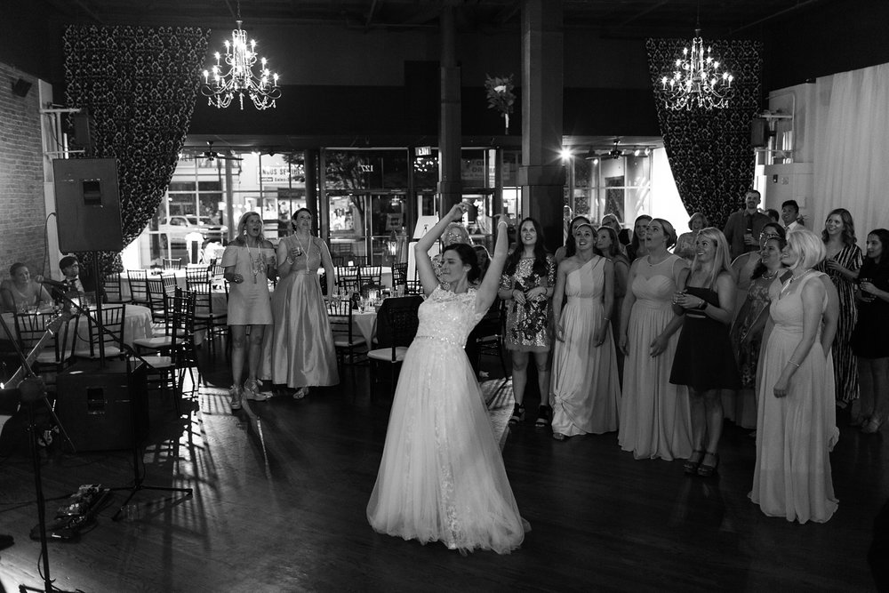 Columbia Tennessee Hometown Wedding Amy Allmand photography_0081.jpg