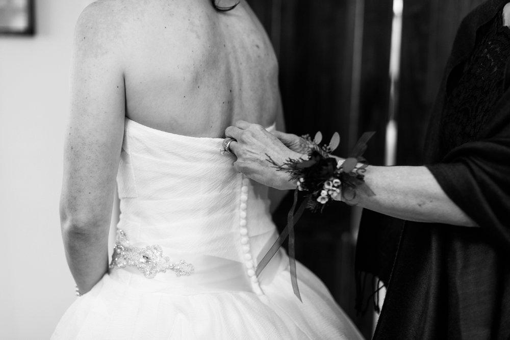 Arrington-Tennessee-Winter-Vineyard-Wedding_0018.jpg