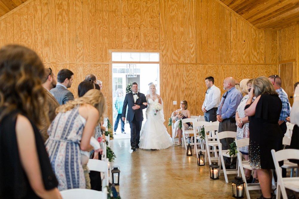 Jackson-Mississippi-Spring-Wedding-The-Ivy_0101.jpg