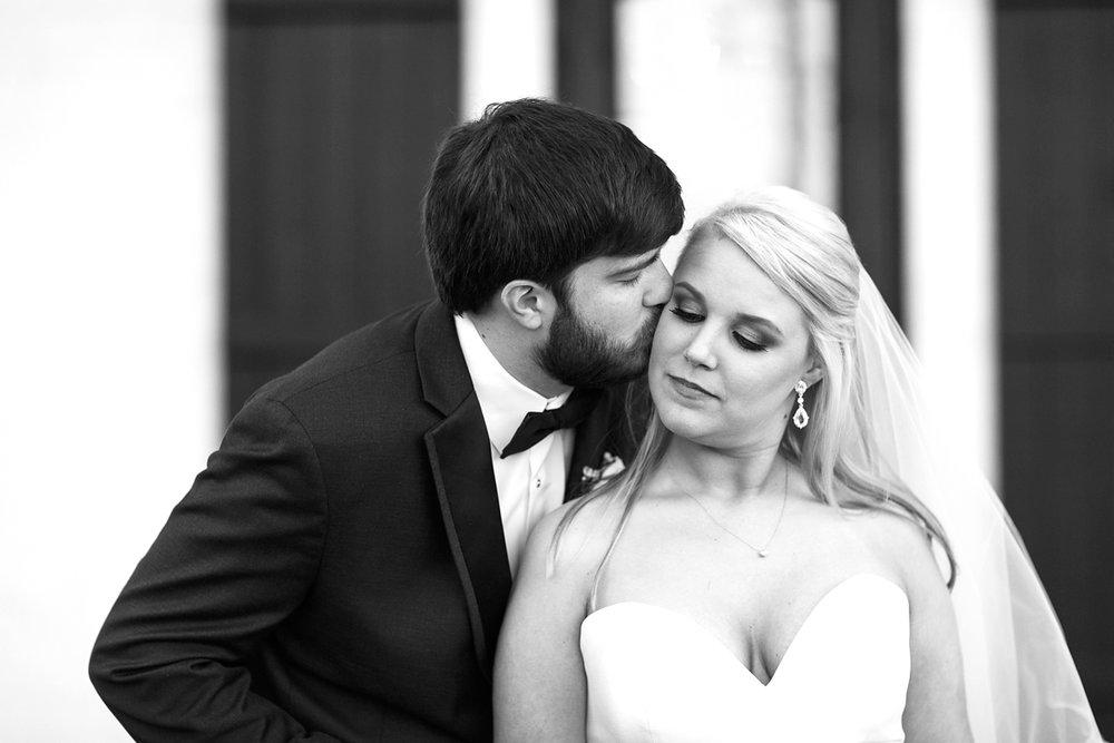 Jackson-Mississippi-Spring-Wedding-The-Ivy_0112.jpg