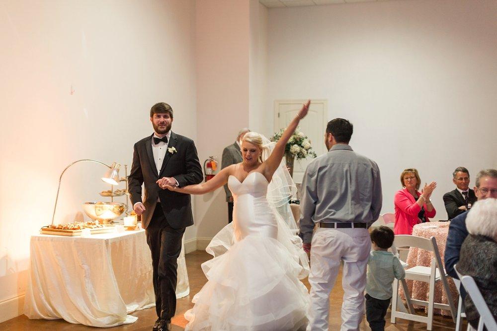 Jackson-Mississippi-Spring-Wedding-The-Ivy_0121.jpg