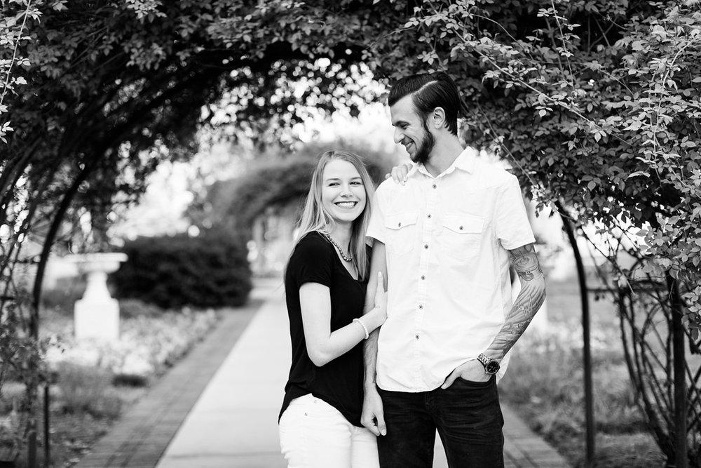 Nashville-Tennessee-Spring-Belmont-Engagement_0003.jpg